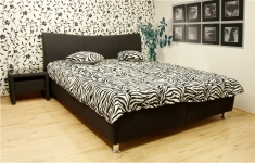 Čalouněná postel Karolína 180x200-matrace Alena/Mollino 660-14 - BLANAŘ